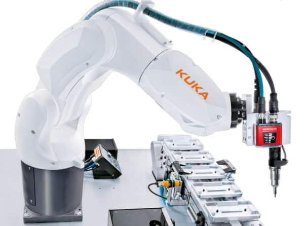 Промышленный манипулятор KUKA KR 6 R900-2